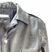 Load image into Gallery viewer, VINTAGE CHICAGO LEATHER POLICE JACKET SHOULDER VIEW TAYLOR LEATHER