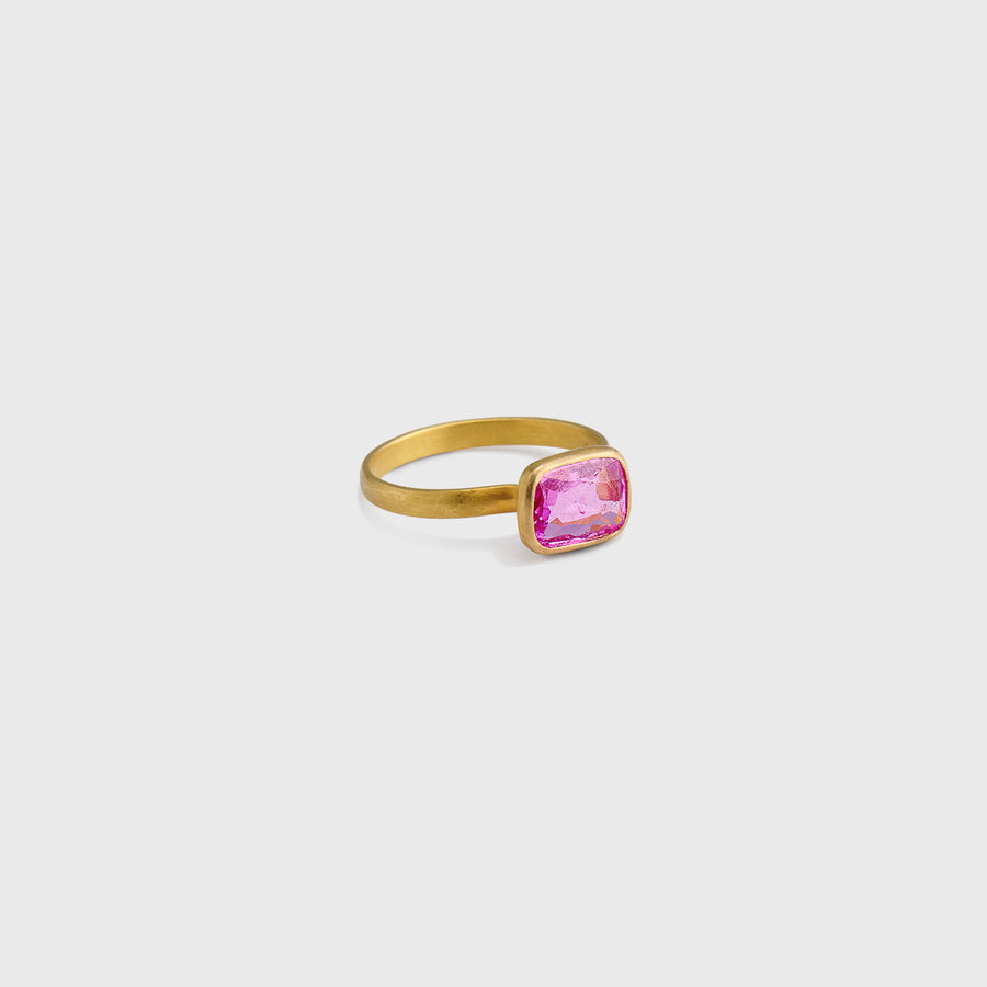 Daivi Pink Sapphire Ring