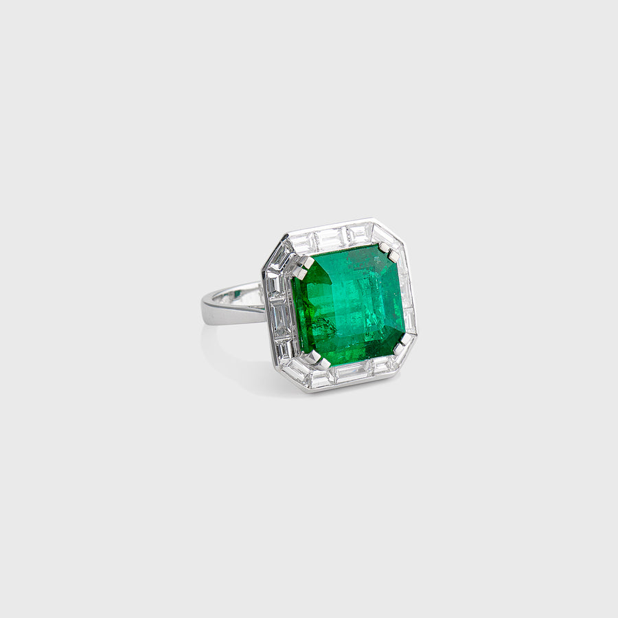 Aanchal Emerald and Diamond Ring