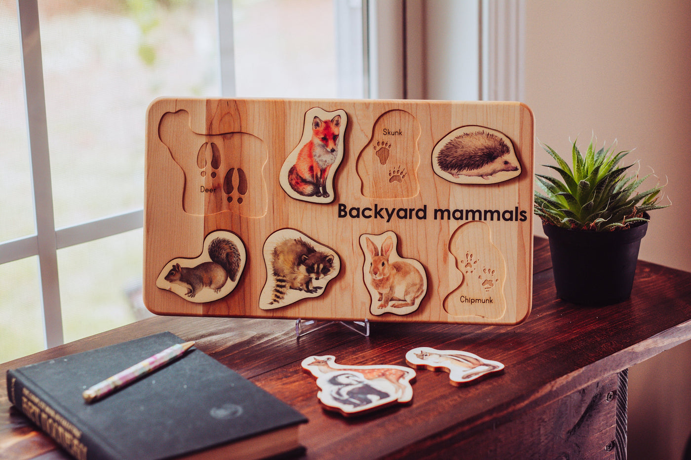 Woodland animals toys - Backyard mammals puzzle - wooden puzzle - animal tracks - forest animals puzzle - montessori - christmas gift