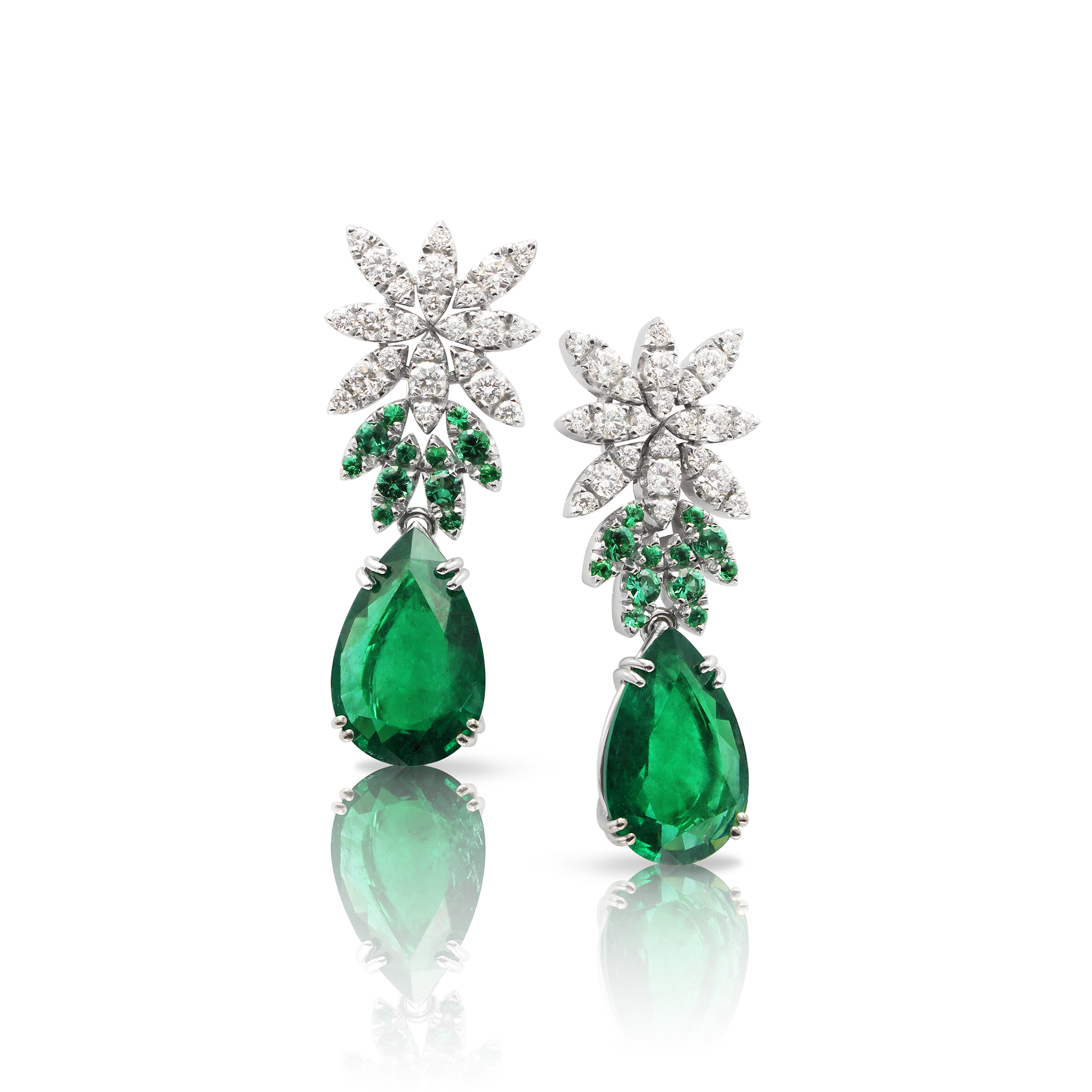 18k White Gold Ghirlanda Haute Couture Earrings with Emeralds and Diamonds