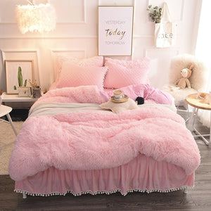 PomPom Fluffy Mink Fleece Bed Set - Soft Pink