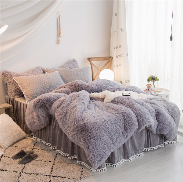 Fluffy Mink Fleece Bed Set - Quilt cover and Fluffy Pillowcases -  Light Grey