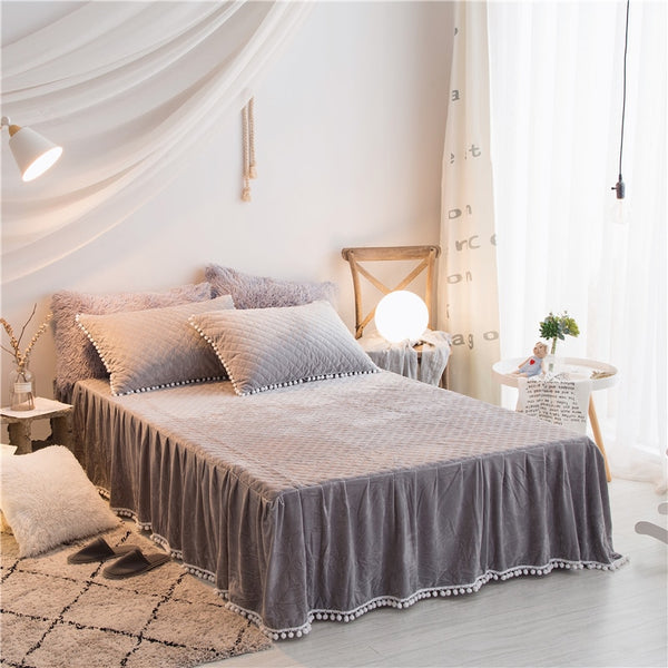 PomPom Fluffy Mink Fleece Bed Set - Light Grey