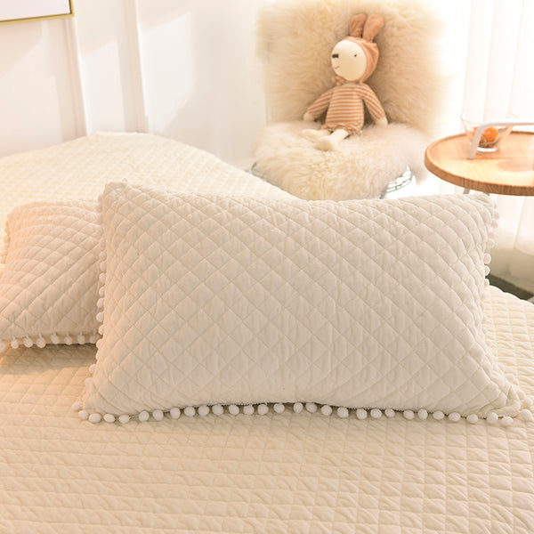 PomPom Fluffy Mink Fleece Bed Set - Cream