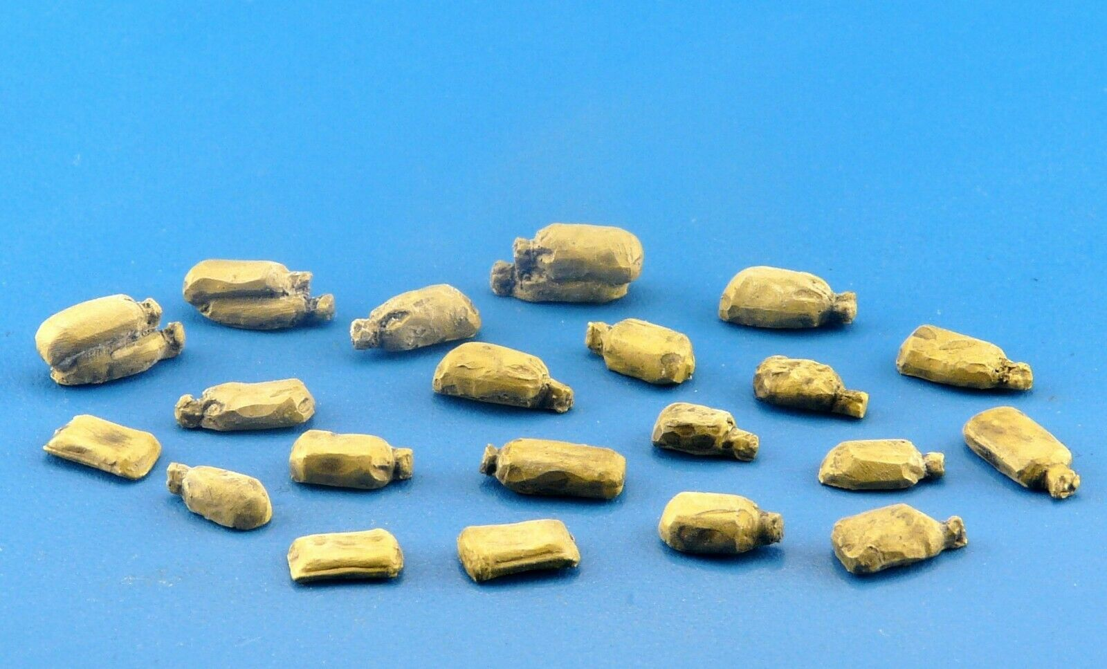 Redog 1:72 Sand Bags Kit Military Scale Modelling Stowage Diorama Accessorises - redoguk