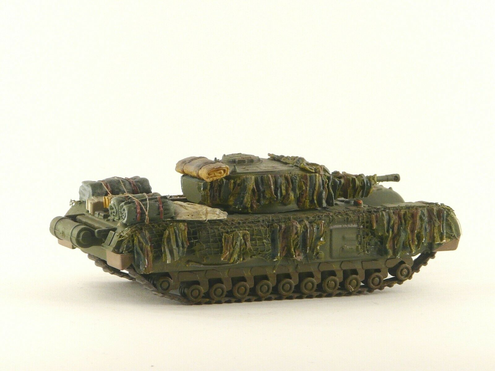 Redog 1:72 Churchill Tank Flexible Hessian Camouflage Scale Modelling Stowage Kit - redoguk