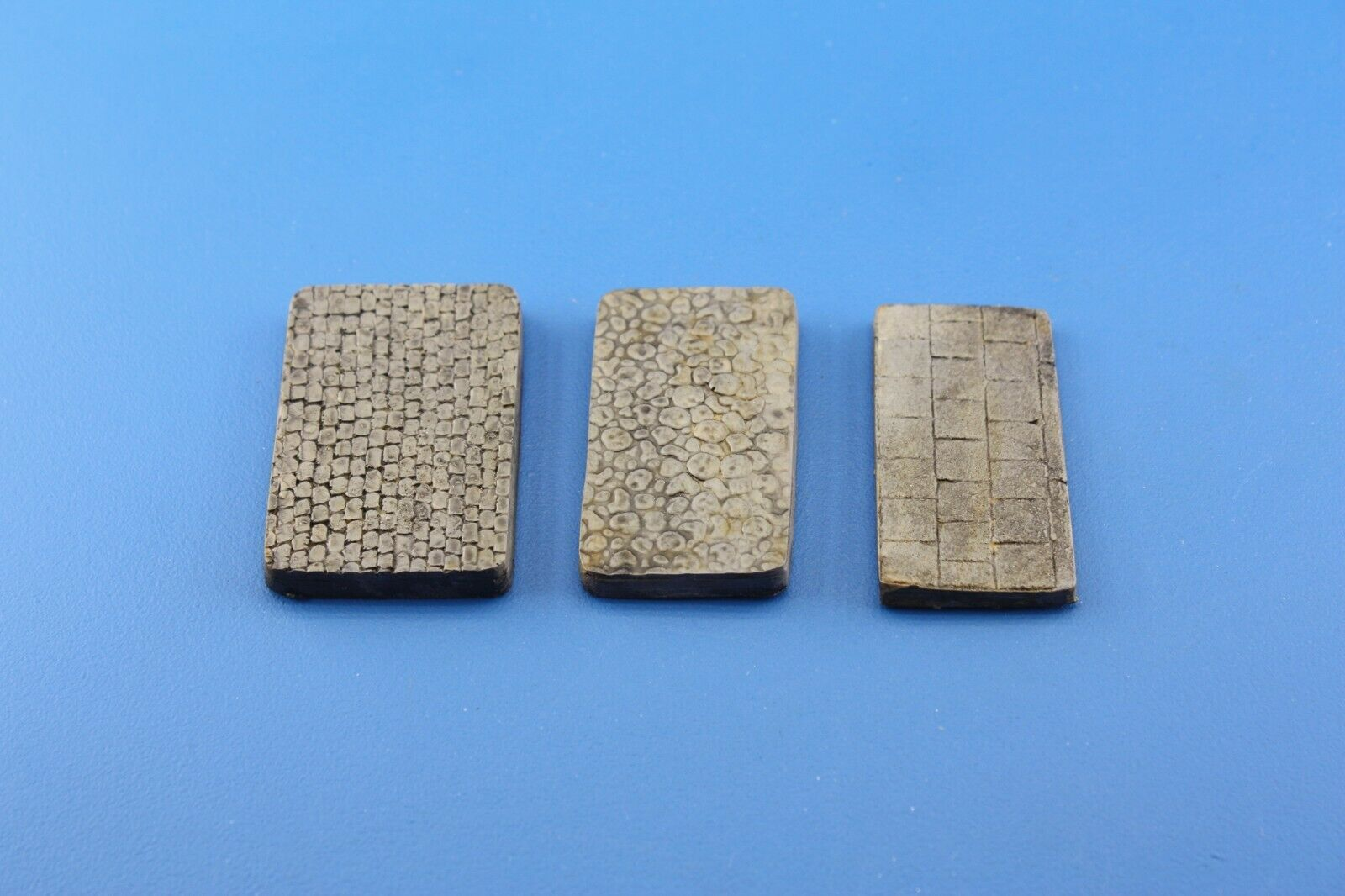 1/72  3x Small Display Bases for Military Scale Model Motorbikes - redoguk