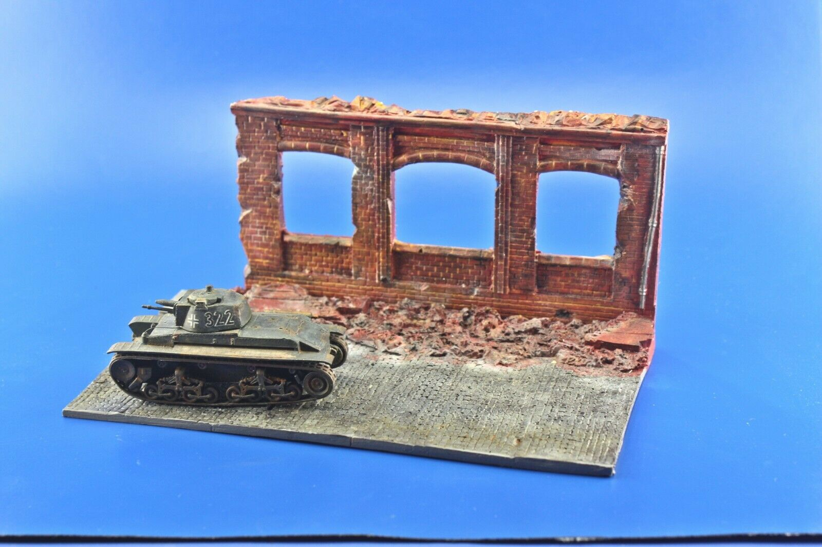 Redog 1/72 Ruined Factory Military Scale Model Display Base Diorama R6 - redoguk