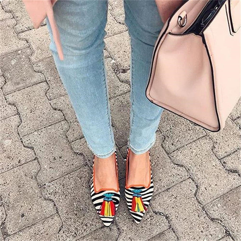 Women's Fashion Tassel Pointed Flat Shoes