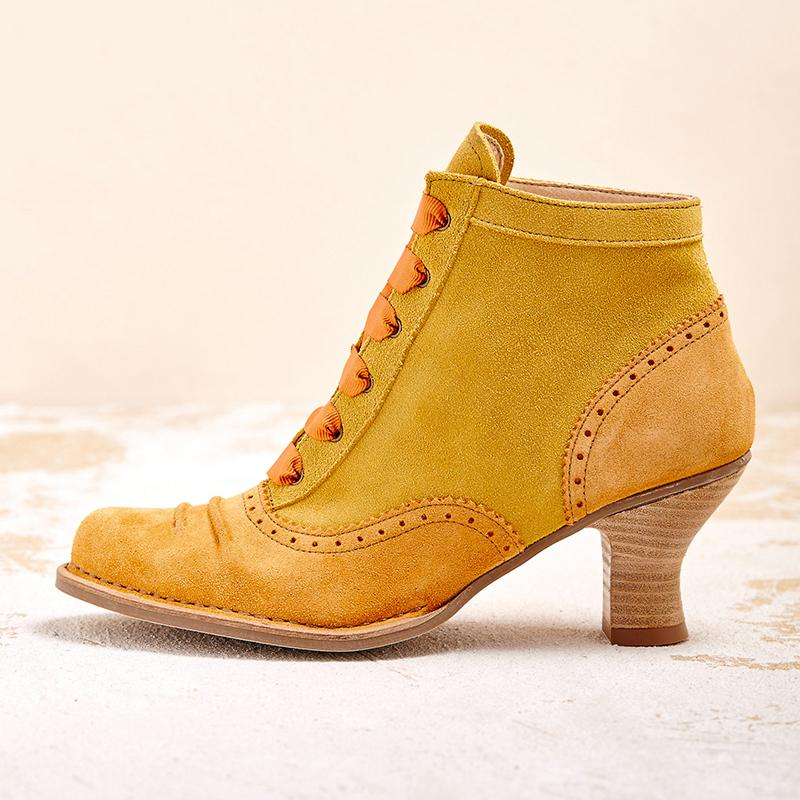 Women Stylish and Vintage Ankle Boots