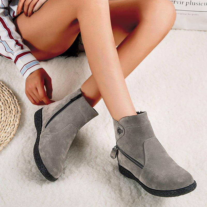 Women Comfy Suede Zipper Flat Heel Boots With Inner Fur