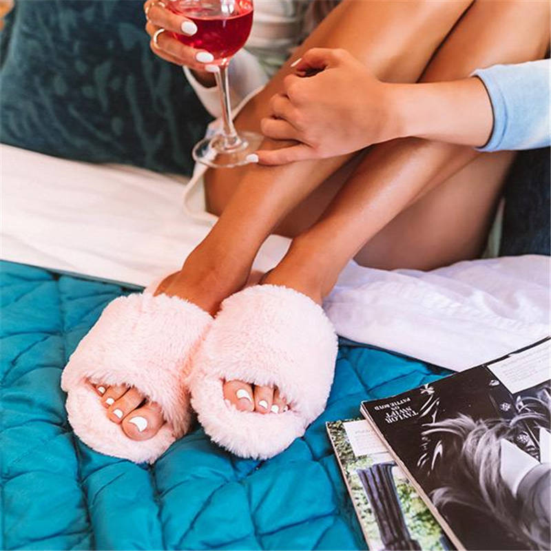 Women Casual  Large Size Fluffy Fluff Flat Slippers