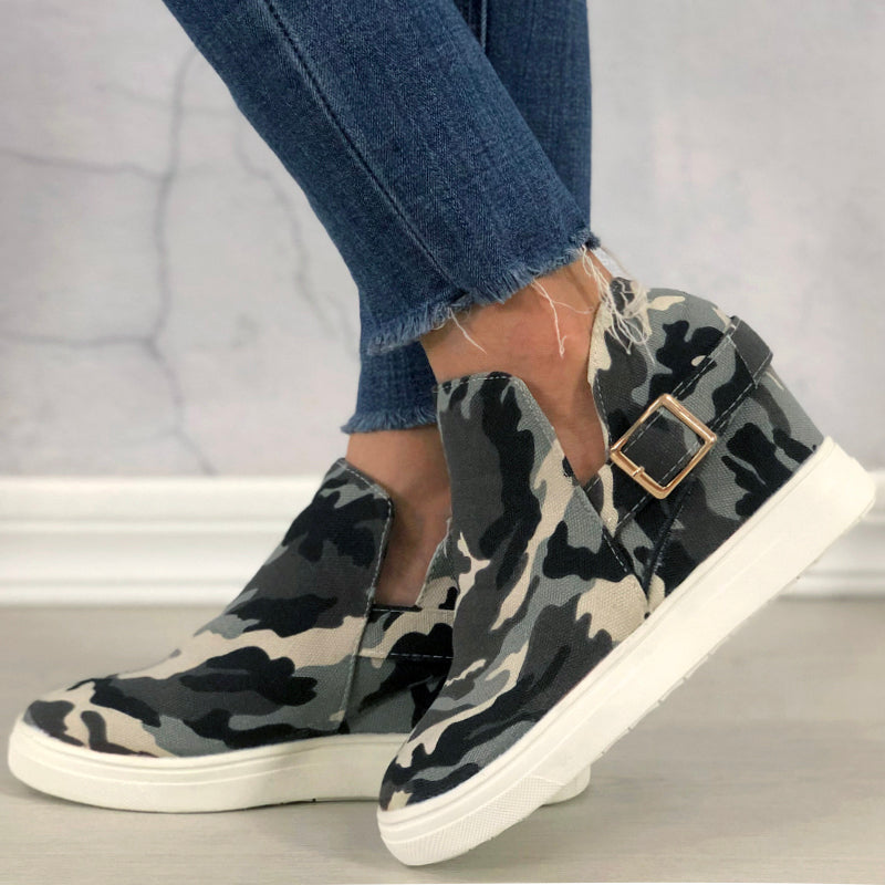 Women Fabric Camouflage Hit Color Buckle Strap Wedge Heel Boots
