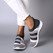 Load image into Gallery viewer, Women's Comfy Color Block Slip-on Sneakers-shoeri