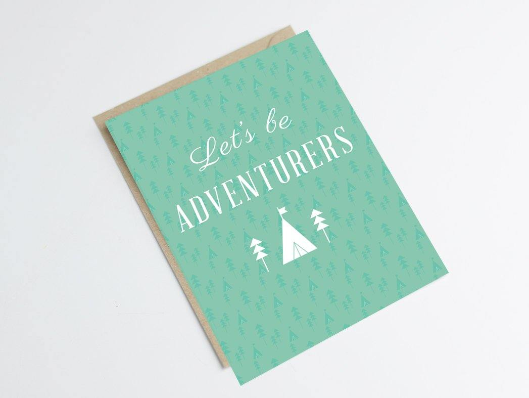 Carte postale let's be adventurers - carte aventure et voyage - Green and Paper