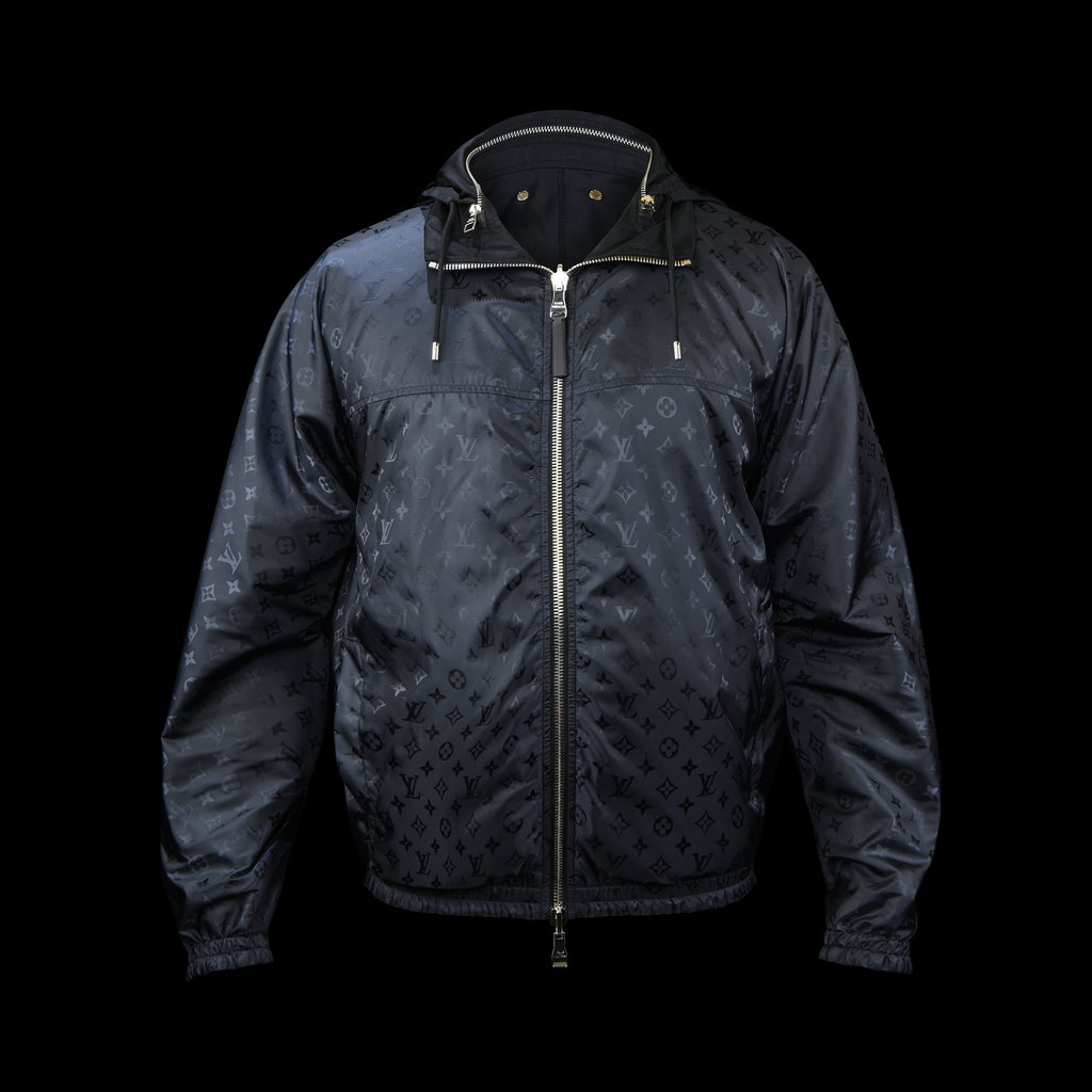 Louis Vuitton-Jacket-Pre Order Duration (3-5 Working Days) 2019 Release Colour: Black Navy Material: 100% Polymade LV monogram print Item rolls into a small bag-fabriqe.com