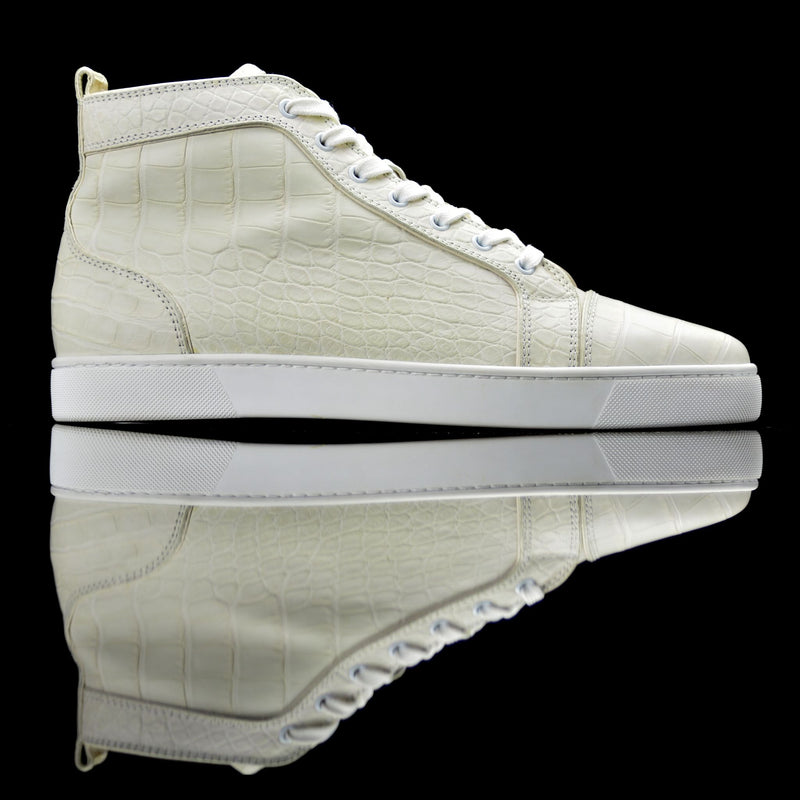 Christian Louboutin-Louis Flat High-Colour: White Release Date: 2017 Exclusive, Limited Release Material: Alligator Leather, Rubber Sole Mastered with Alligator Leather; Mens Christian Louboutin Louis Flat is on offer this season. Composed in Rich Cream color, white laces and platformed on signature red sole. The exclusive high top sneakers are surely going to place you in limelight.-fabriqe.com