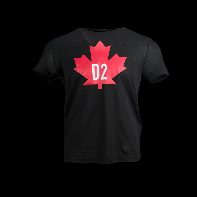 Dsquared-T-shirt-Large Maple Leaf Logo Black Red Crew Neck Classic Fit Product Code: S74GD0098 Fashion Designers Dean and Dan Canten present you the iconic Maple Leaf Logo Print T-shirt. Inspired from the Canadian flag, the Mens Dsquared black T-shirt sports a Large Maple Leaf Logo in red color. It has ribbed crew neck and short sleeves. You can pair it up with classic navy denims and a pair of sneakers to stand out.-fabriqe.com