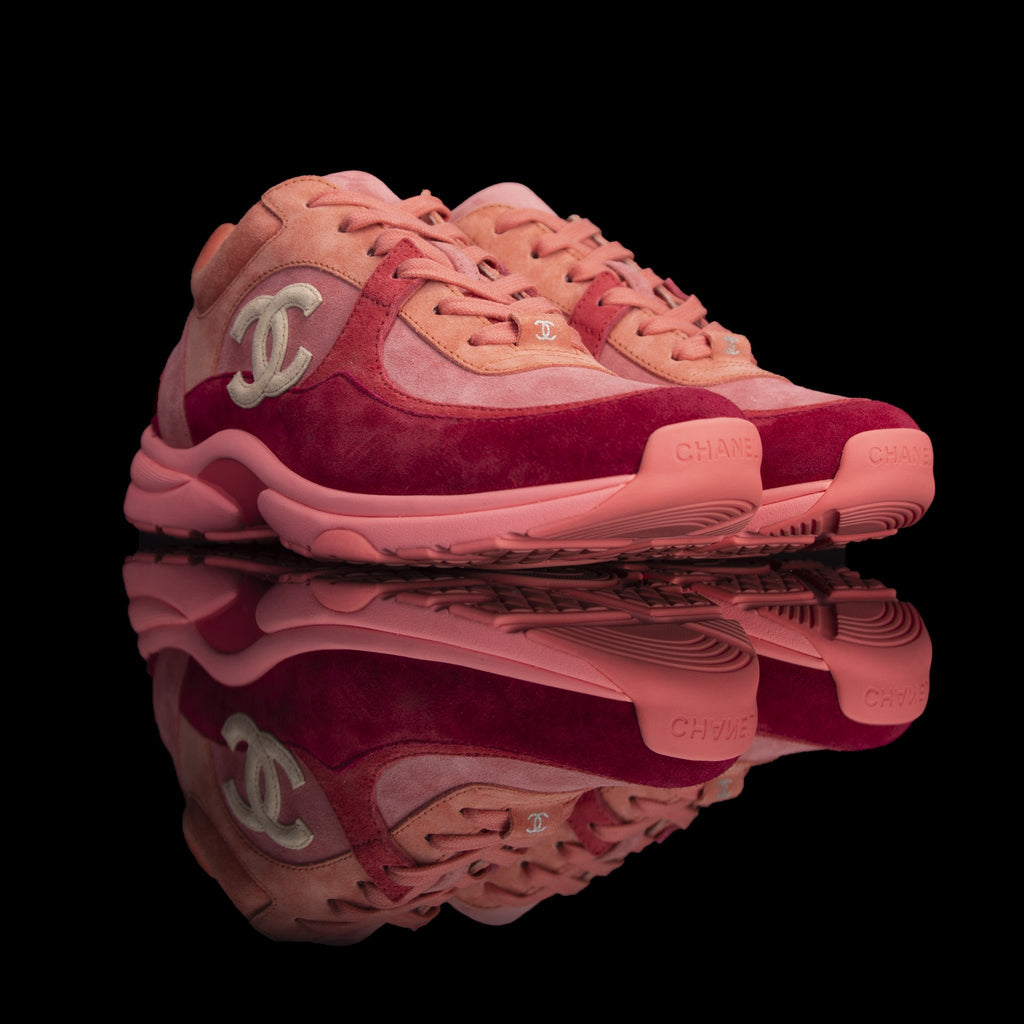 Chanel-CC Sneakers-Pre Order Duration (3-5 Working Days) CC Logo on side Coral Suede, Rubber Sole 2019 Release Limited Stock Chanel CCs crafted in a suede material with sports CC branding on the side. Composed on rubber sole that carries Chanel typography. Also, the colour of Coral is sure to grab the spotlight! In addition, the 2019 limited release is now available-fabriqe.com