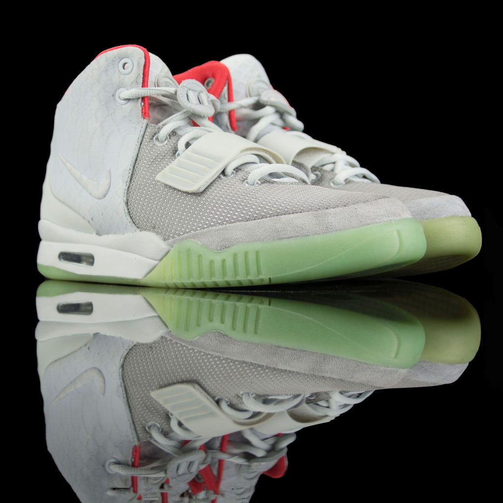 Nike-Air Yeezy 2-Product code: 508214-010 Colour: Year of release:-fabriqe.com