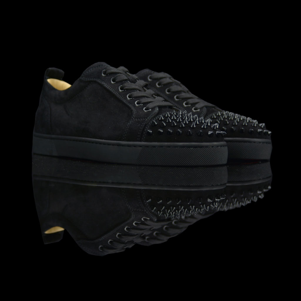 Christian Louboutin-Louis Junior Low Spikes-This Item is Pre-Order Only (3-5 Working Days) Product Code: 1130575 Colour: Black Black 2018 Release Limited Stock Material: Suede Velours, Metal Spikes-fabriqe.com
