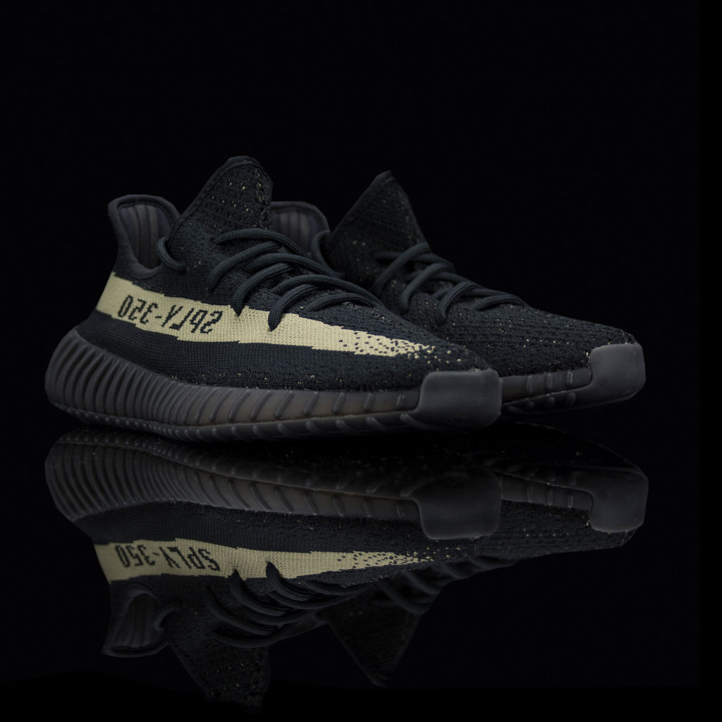 Adidas-Yeezy Boost 350-Product code: BY9611 Colour: Core Black/Green/Core Black Year of release: 2016-fabriqe.com