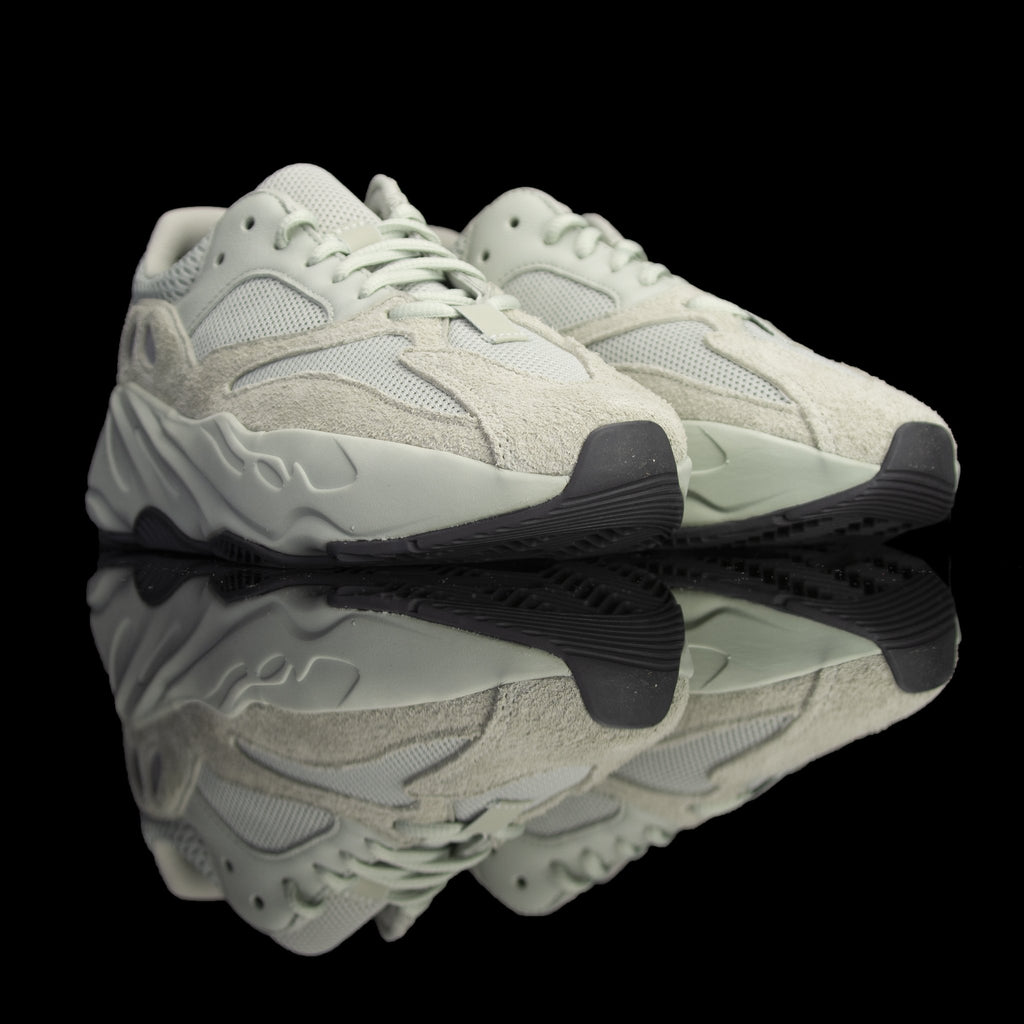 Adidas-Yeezy Boost 700-Product code: EG7487 Colour: Salt/Salt/Salt Year of release: 2019-fabriqe.com