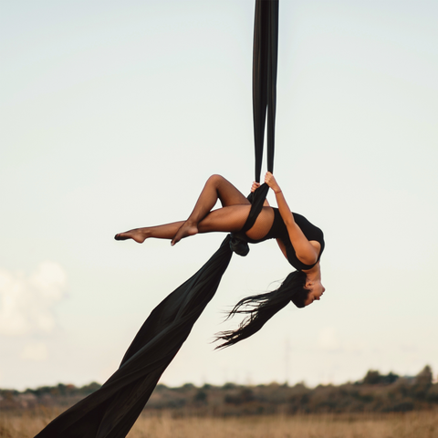 set up outdoor aerial silks