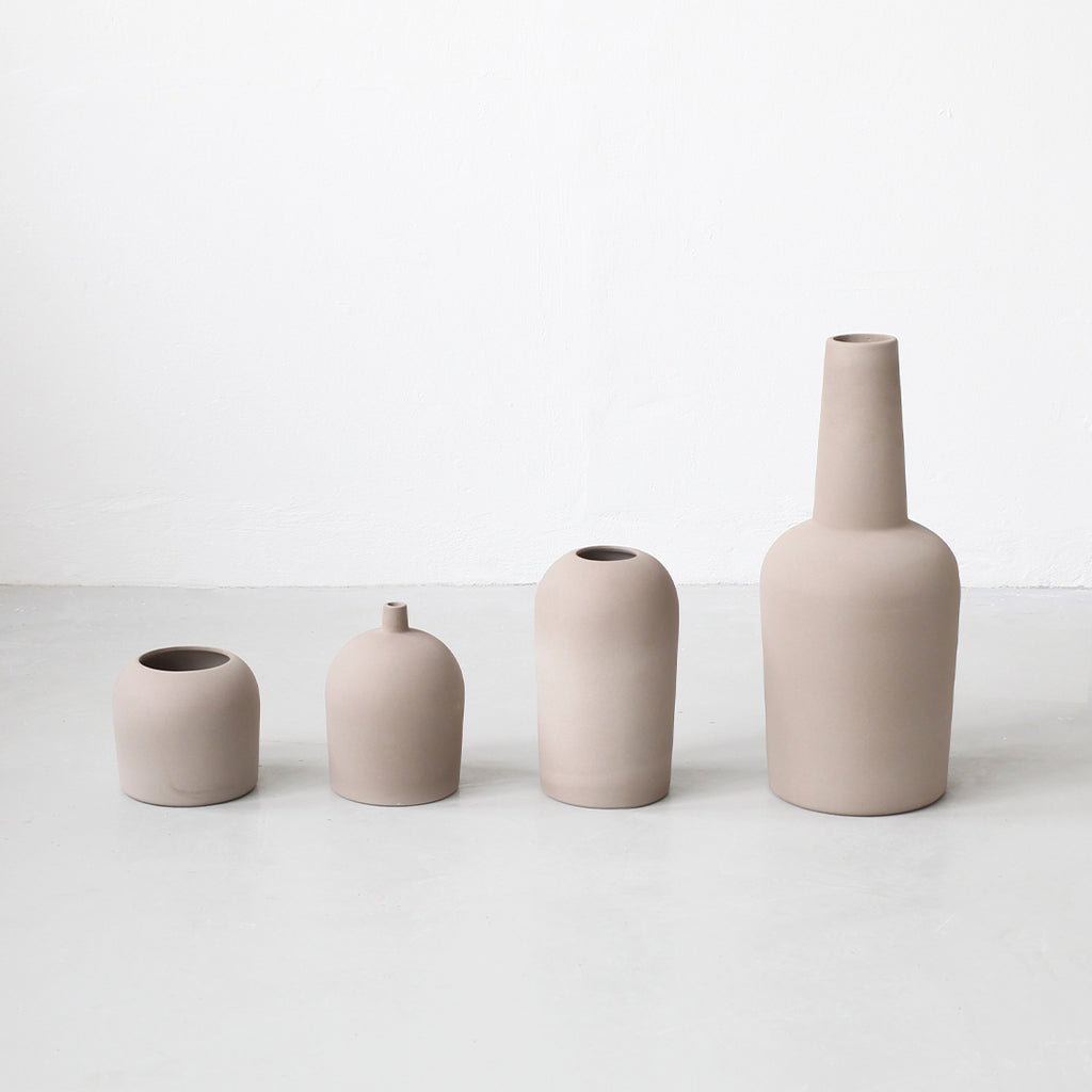 Dome terrakotta vase collection from Kristina Dam studio