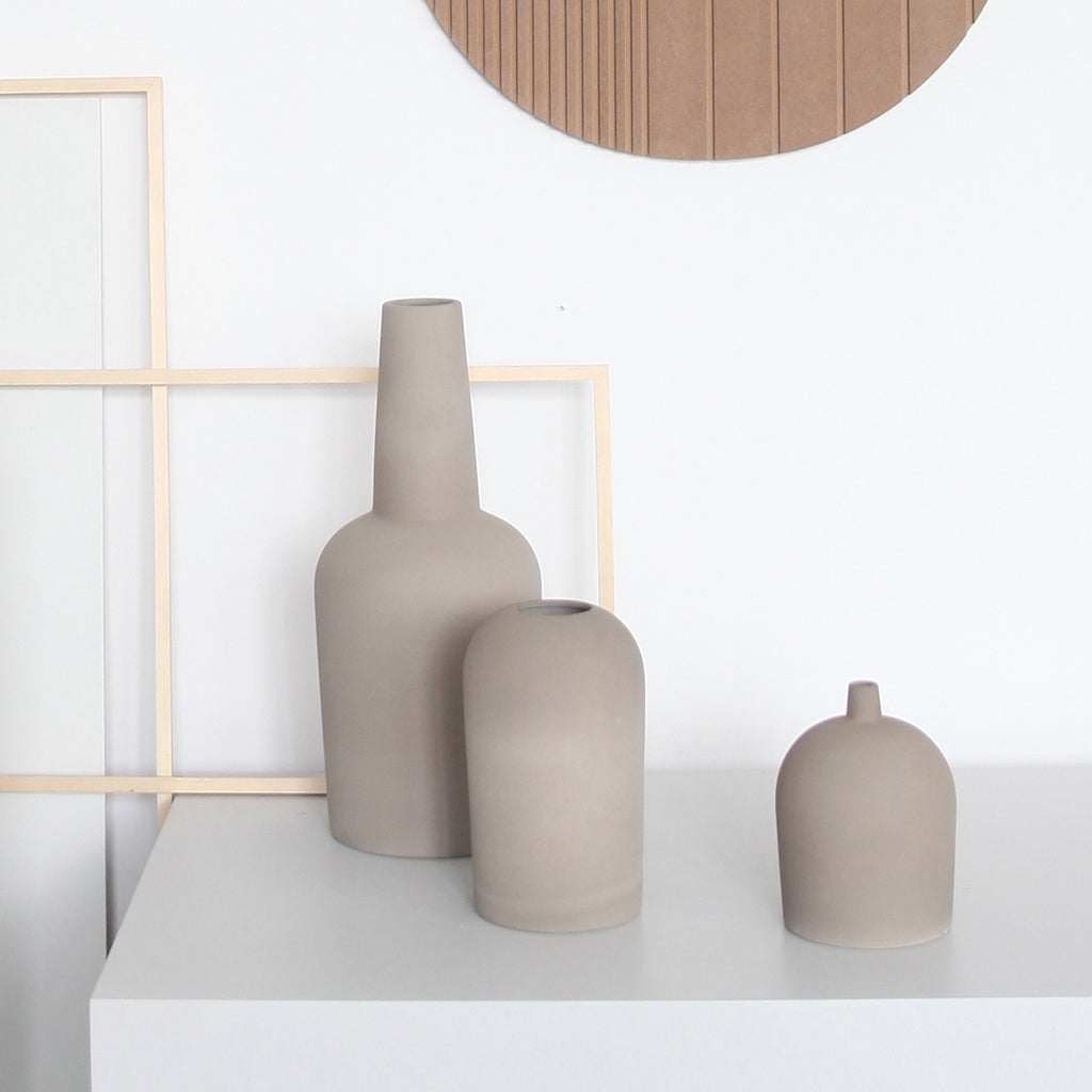 Buy beautifully designed terrakotta vases from Kristina Dam studio