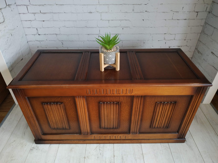 Vintage Oak Coffer / Coffee Table / Trunk / Chest / Blanket Box Decorative Prop