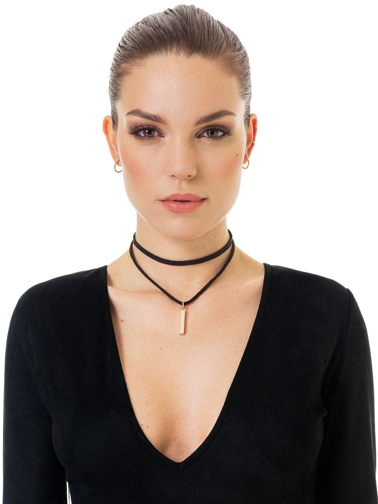 Double choker with gold hanger