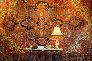A Persian  Heriz Serapi Carpet from the late 1800s.