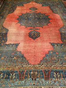 A Persian Khorassan Rug from the Late 1800s