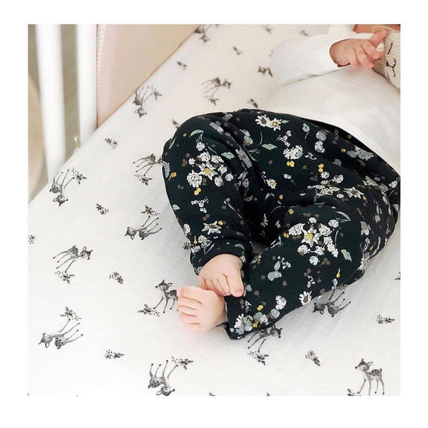 fitted sheet olivia fawn print - ecru 米色小鹿有機棉床單