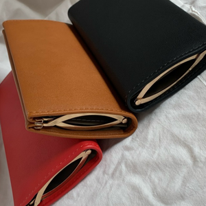 Closed Case Wallet (camel)