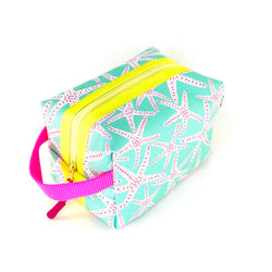 aqua starfish waterproof boxy toiletry bag