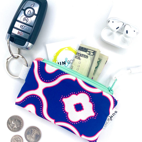Navy Interlocking Chain Key Chain Wallet
