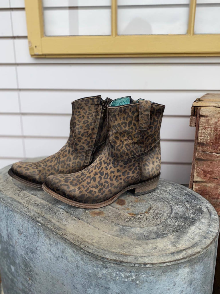 Corral Women's Leopard Print Zipper Ankle Boot Round Toe