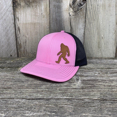 SASQUATCH LEATHER PATCH HAT - RICHARDSON 112 Leather Patch Hats Hells Canyon Designs Pink/Black
