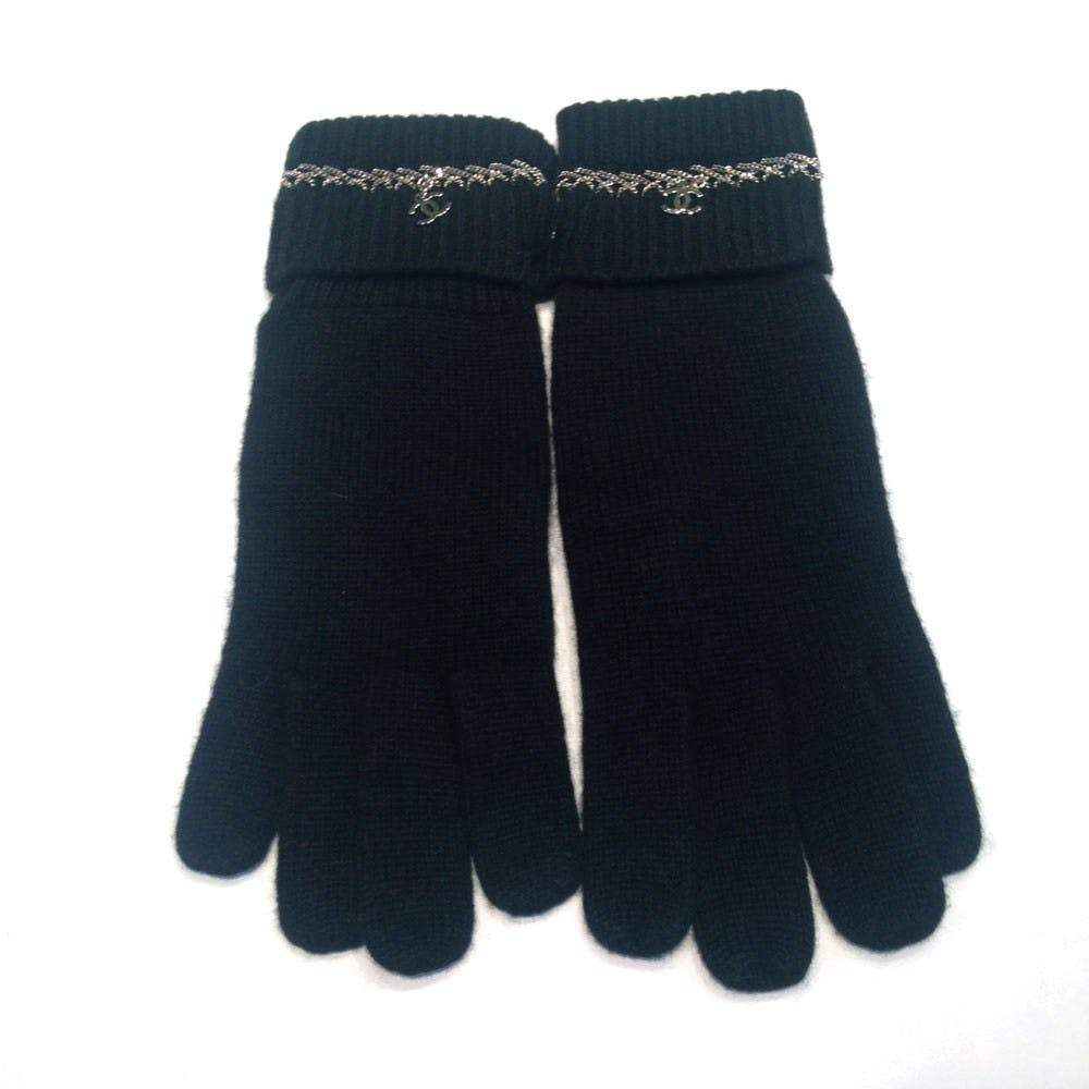 Chanel Black Cashmere Chain Detail Gloves with CC Logo Gloves Chanel