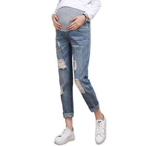 Hole Jeans For Expecting Mums