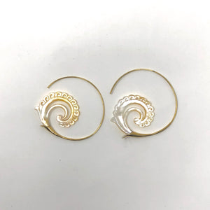 Mother of Pearl Earrings Spiral