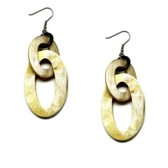 Lightweight Light Color Polished Horn Oval Links Chain Earrings | Pantallas Cuerno Ovaladas