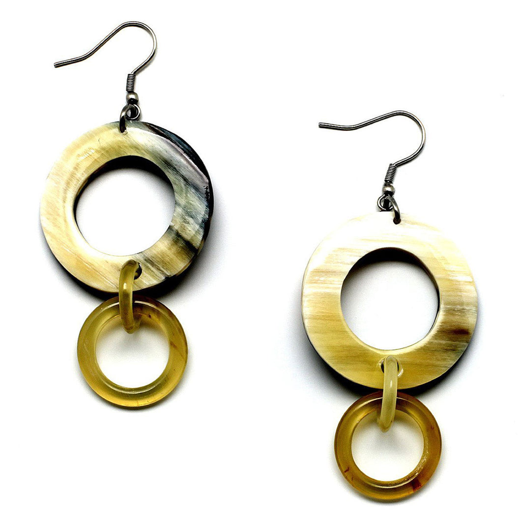 Lightweight Light Color Polished Horn Circular Links Chain Earrings | Pantallas Cuerno Circulos