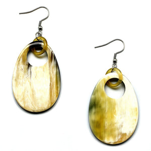 Lightweight Light Color Horn Oval Earrings | Pantallas talladas de Cuerno Ovaladas