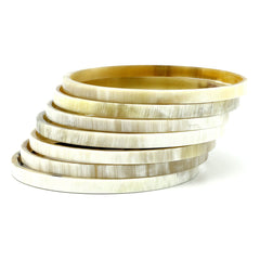 Lightweight Light Color Thin Edged Horn Bangle | Pulsera de Cuerno Claro