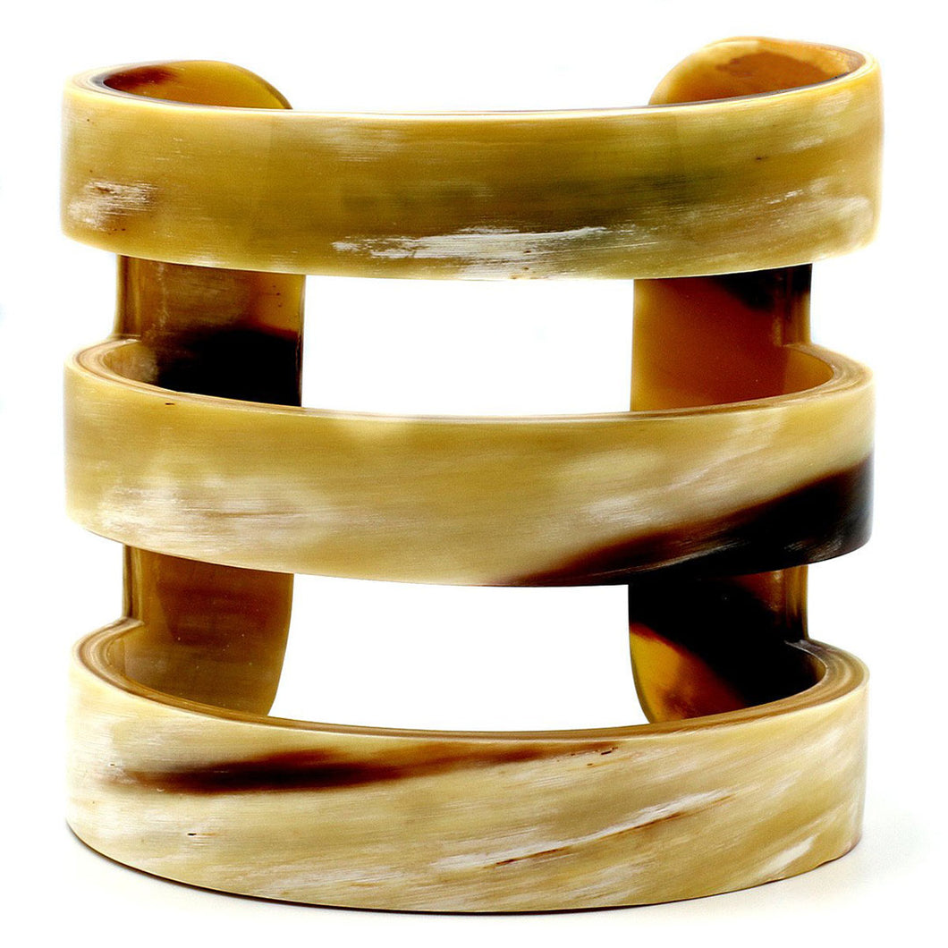 Lightweight Polished Horn Thick Cutout Carved Cuff | Pulsera de Cuerno Tallada