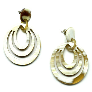 Lightweight Polished Horn Circular Carved Post Earrings | Pantallas de Cuerno Talladas Cirular